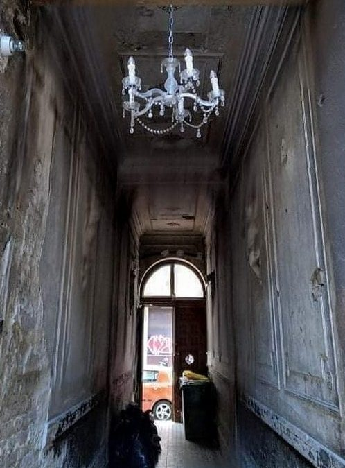 Az idő vasfoga… Budapest szívében, valahol Belső-Erzsébetváros közepén…
