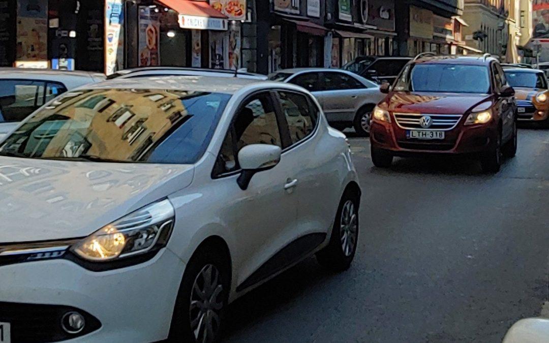 Fellélegezhetnek a lakók: Belső-Erzsébetvárost többé nem terheli az átmenő autóforga…