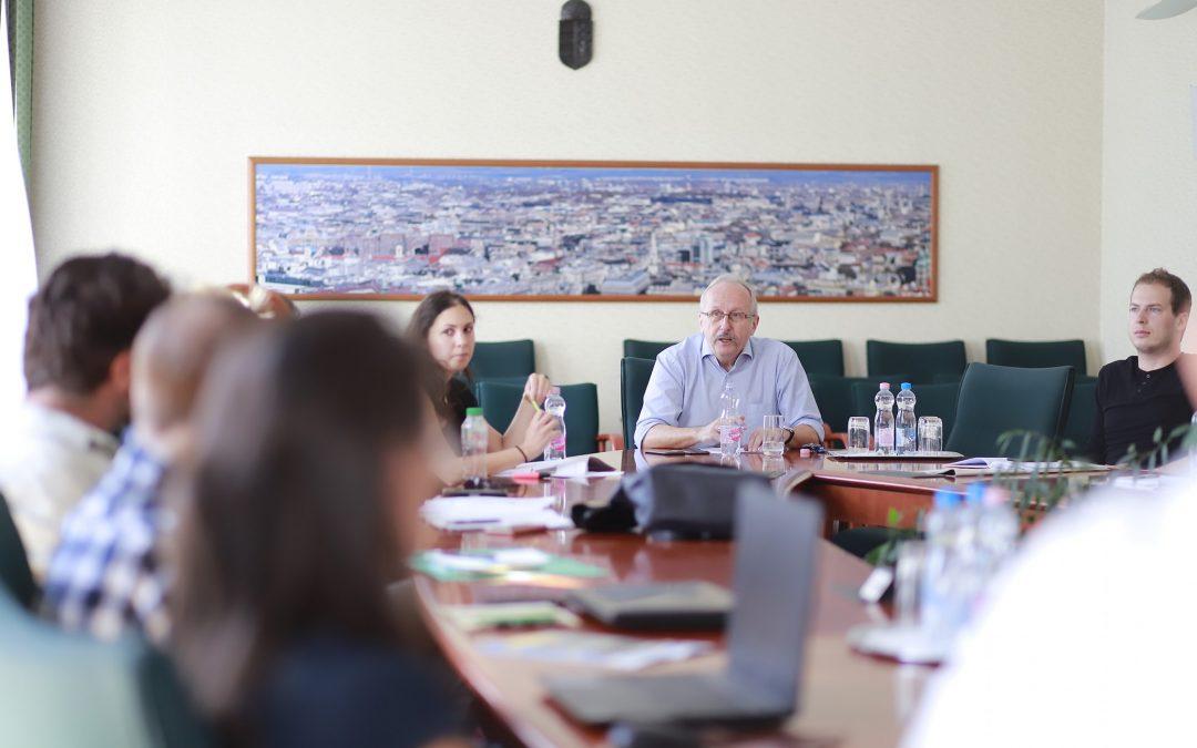 Forgalomcsillapítás: megbeszélés a lakossági visszajelzések beépítéséről!