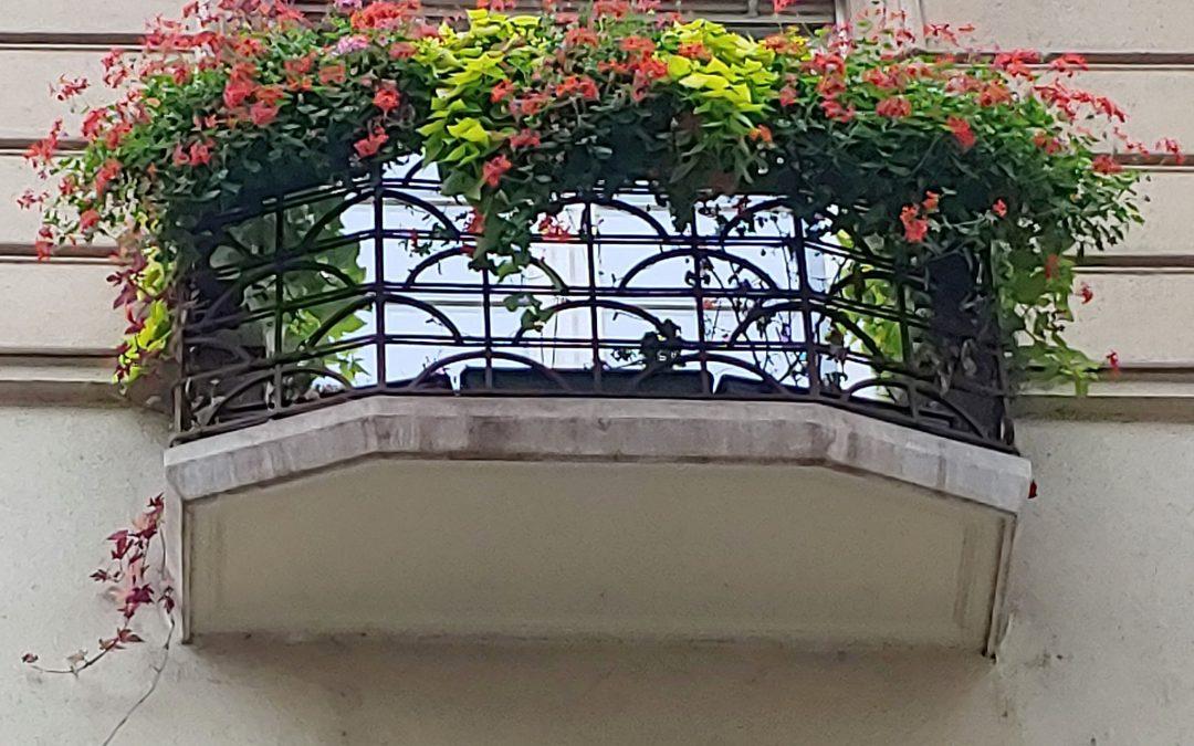 Egy pompás erzsébetvárosi erkély!