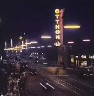 """Pezsgő kiskereskedelem, neonfények és """"gyalogos gyorsítókra"""", azaz villamosjárat"""